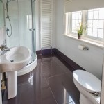 Culver Bay Bathroom